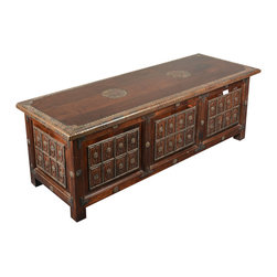 Sierra Living Concepts - Rustic Reclaimed Wood Lincoln Study Storage Trunk Chest - Bring simple elegance home with our handmade Medallions Coffee Table Chest. This multi-use storage box is part our Lincoln Study collection.