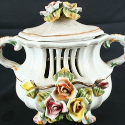 Bassano - Consigned Vintage Italian Capodimonte Style Lidded - Product Details