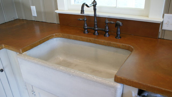 Farmhouse Kitchen Sinks by BDWG Concrete Studio