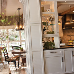 traditional dining room by Dura Supreme Cabinetry
