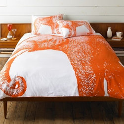 Thomas Paul Elephant Duvet Cover - Why limit your love of Thomas Paul to a pillow? Now you can have a duvet cover featuring a bold graphic screened to the perfect size. The overscaled motifs on all duvet covers and shams are hand screened. The cotton sateen is a smooth 600 thread count. All items are finished with a contrasting piped edge.