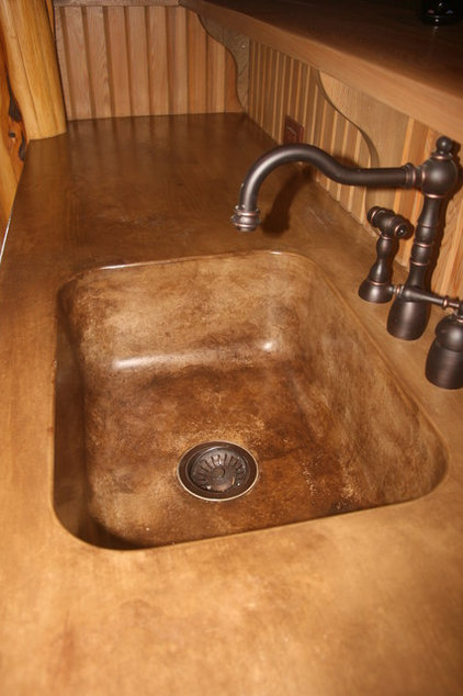 Traditional Kitchen Countertops by Eccologie LLC