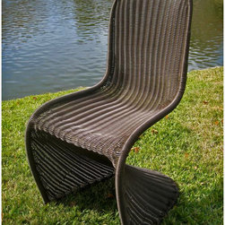 International Caravan - International Caravan Contemporary Resin Wicker Outdoor Chairs (Set of 4) - This wicker outdoor chair is the perfect place to relax. Its bold contemporary design is eye-catching,and the chair is supported with a steel frame. It is also weather-resistant and UV-resistant,so it will not lose its vibrant brown color.