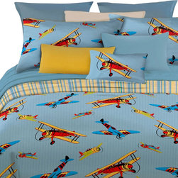 Veratex Inc - Vintage Planes Comforter Set Flying High 4pc Queen Bedding - FEATURES: