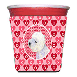 Caroline's Treasures - Westie Valentine's Love and Hearts Red Solo Cup Hugger - Fits red solo cup or large Dunkin Donuts / Starbucks ice coffee cup. Collapsible Foam. (16 oz. to 22 oz. Red solo cup) Toby Keith made the cups more popular with his song. We make them nicer to carry around. The top of the cup is still exposed to add your name with a marker too. Permanently dyed and fade resistant design. Great to keep track of your beverage and add a bit of flair to a gathering. Match with one of the insulated coolers or coasters for a nice gift pack. Wash the hugger in your dishwasher or clothes washer. Design will not come off.