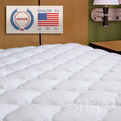 ExceptionalSheets - Extra Plush Mattress Pad with Moisture Barrier - The Extra Plush Mattress Pad with Moisture Barrier is 200 thread count with a 100% cotton cover and is both stain and moisture resistant in addition to being machine washable. There is an under layer within the mattress pad that will keep your mattress stain-free. For a child that is still experiencing bed wetting episodes, this mattress pad provides the moisture absorption needed to maintain comfort as well as material preservation. The fiber is gathered into small bundles which create a soft and comforting feel without lumping together. This exclusive and extraordinary fiber technology gives you the look and feel of down only better, and makes the cover 100% hypoallergenic and 100% washable. The expandable skirt allows the cover to fit any thicker pillow top mattress with ease. This cover uses unique polyester fiber clusters to provide an extraordinary level of comfort. Dimensions: Twin: 99 x 190.5 cm, Twin XL: 99 x 203.2 cm, Full: 137.2 x 190.5 cm, Queen: 152.4 x 203.2 cm, King: 193 x 203.2 cm, Cal King: 182.9 x 213.4 cm. Care Instructions: Machine wash warm. Tumble dry low. Do not use softeners in washer or dryer. This pad soaks up lots of water, so keep it out of low-volume washers and dryers.