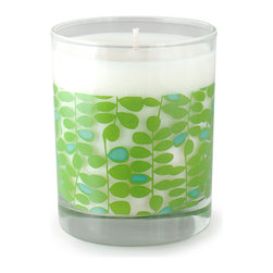 Crash - Garden Grass, A Blend Of Olive And Green Eucalyptus Candle - Modern design and fragrance in a timeless product. Experience functional art in your home, exclusively from Crash. This candle is fragranced with a blend of Green Eucalyptus, Rose, Olive, Orange Tree Leaf and Cyclamen.