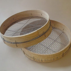 Garden Riddle - Garden sieves are useful for separating rocks or prepping compost. These beauties are handcrafted in England from lovely beechwood.