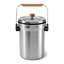simplehuman - simplehuman Stainless Steel Compost Pail - Make composting easy with this stainless-steel compost pail from simplehuman. Made from stainless-steel and featuring a 1.2-gallon storage capacity, this compost pail is perfect for storing your food scraps before adding them to your compost heap.