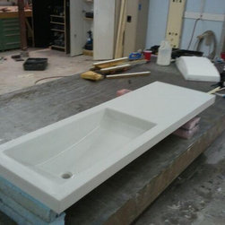 Concrete Countertop with Integrated sink - Integrated trough sink