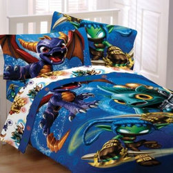 Franco Manufacturing Company, Inc. - Skylanders Twin/Full Comforter - Create an action-packed bedding ensemble for your child with this Skylanders comforter. Perfect for Skylanders fans, this comforter features an array of exciting Skylanders characters printed on a plush and soft microfiber fabric.