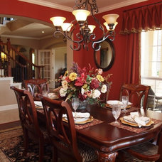 Dining Room by Heavenly Haus Interiors