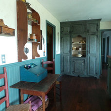 Farmhouse Kitchen by Country Primitive Workshop