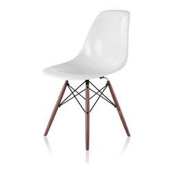 Herman Miller | Eames® Molded Fiberglass Side Chair with Dowel Base -