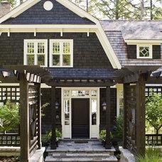 Quaint Shingled Cottage | Free House Interior Design Ideas