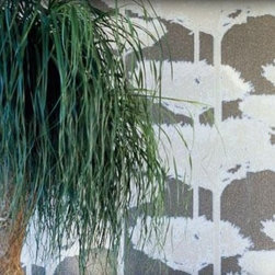Modern Wallpaper - DOLCE VITA a bonsai forest in 4 different colours.