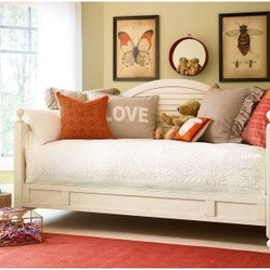 Paula Deen Gals Daybed - Your little girl will love sleeping on the beautiful and elegant Paula Dean Gals Daybed. Crafted from wood and finished in linen, this gorgeous daybed features sophisticated, slatted sides and back which adds a classic look to this piece. Turn your daybed into a double bed, perfect for sleepovers and when you have guests, with the optional trundle. Designed to fit under any bed, this trundle has wheels for easy pull-out and fits a standard size twin mattress (not included). Or, if you need more storage space, add the optional storage unit to this bed instead. Finished in the same linen color, the storage unit integrates with any bed and features a large drawer with a removable divider so you can configure the drawer to best fit your needs. An adjustable shelf in each open area gives you space to keep books, storage baskets, stuffed animals, and more! Whether you just need the bed, a bed and a trundle, or a bed and a storage unit, this gorgeous set is sure to be a favorite. Additional Features Elegant, slatted sides and back Ball feet add a classic touch Adjustable cleat accommodates trundle or storage unit Optional trundle or storage unit available Designed to fit under any bed Wheels on bottom allows for easy pull-out Fits a standard size twin mattress Can also be used for storage Trundle includes 2 removable sliding storage trays Storage unit integrates with any bed Features 1 large drawer with removable divider Adjustable shelf in each open areaAbout Universal Furniture InternationalRecognized as a leader in exceptionally crafted home furnishings, including bedroom and dining room items, entertainment centers, and more, Universal strives to make items that are styled to endure but always remain fresh. They make it a goal to include features that fit the way their customers live today, and to find prices that put high-quality products within reach. These are the principles that guide the work at Universal, essential elements of good, affordable, and smart design.