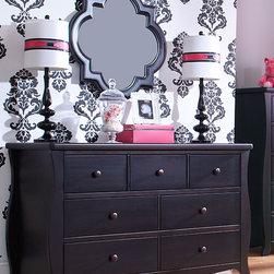 Renaissance Double Dresser - •Smooth/elegant curved posts flow to ground.