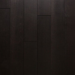"""Heirloom Collection Rift & Quartered White Oak Raven - 1/2"""" x 5"""" x random lengths (16""""-71"""") - Micro-beveled ends and edges - Smooth with character distressing, hand-cut edges - Anti-scratch finish with Aluminum Oxide - 25 year finish and lifetime structural warranty - Installation options: above or on grade; glue, nail, or floating"""