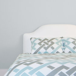 300 Thread Count Geometric Print Duvet Cover, The Fillmore - Re-imagined chains of geometric links, crisscrossed with the serene colors of sky blue and gray, elevate the Fillmore for any contemporary room.
