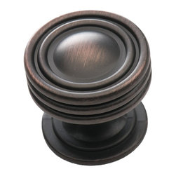 "Southern Hills - Southern Hills Round Oil Rubbed Bronze Cabinet Knob - Pack of 25 - ""Is your kitchen looking a little dated? The good news is that a new look is as close as this round oil rubbed bronze cabinet knob from Southern Hills.  The oil rubbed bronze complements a wide variety of cabinet finishes and lends a classic look to your kitchen or bath. In fact, this cabinet hardware won�t just lend your space a fresh look; you�ll get to keep it! """