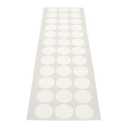 Pappelina - Pappelina Hugo Metallic White & Fossil Grey Runner Rug - The weaving takes place in old traditional shuttle weaving looms dating from the 1950's-1970's. Even if parts of the production are performed mechanically, the art of handmade craftsmanship is always present. Each rug is created as close to the original handmade style as possible.