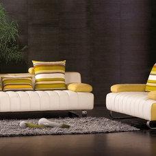 Modern Sofas by EuroLux Furniture