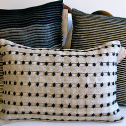 "ARTEXTURAL INTERIORS - Ribbed Pillow - 100% Abaca (18"" x 18"")"