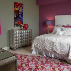 eclectic bedroom by Jan Niels