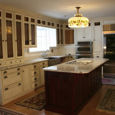 Traditional Kitchen Cabinets by McGuire Family Furniture Makers