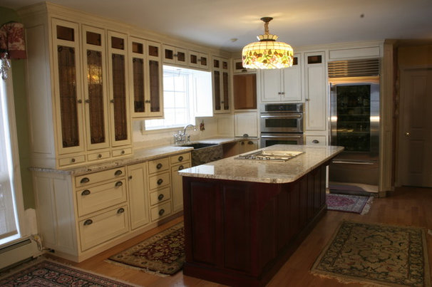 Traditional Kitchen Cabinetry by McGuire Family Furniture Makers