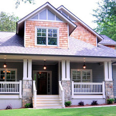 Transitional Exterior by Drum Homes, LLC