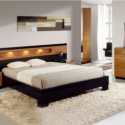 Made in Spain Wood Modern Design Bed Set with Extra Storage - Ultra-modern glossy bedroom set sal collection made in Spain. The Platform Bed stands for the ultra modern design which is so in demand these days.