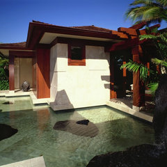 tropical exterior by Saint Dizier Design