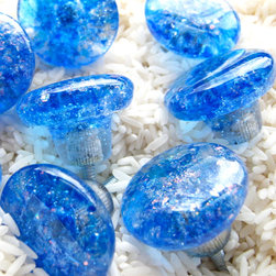 Dichroic cobalt, aqua and clear glass knobs for cabinets and furniture - Photo by Carol Gilewicz of Torch Lake Glass