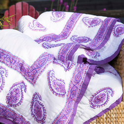 Attiser - Paisley Quilt - Amethyst Amore Handmade Quilt , made in unique Indian Bohemian style. This rich pink, purple and white comforter is an Attiser Indian exclusive available in queen size.Hand Block Printed from Attiser