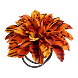 Silk Plants Direct - Silk Plants Direct Tiger Print Dahlia Napkin Ring (Pack of 24) - Pack of 24. Silk Plants Direct specializes in manufacturing, design and supply of the most life-like, premium quality artificial plants, trees, flowers, arrangements, topiaries and containers for home, office and commercial use. Our Tiger Print Dahlia Napkin Ring includes the following: