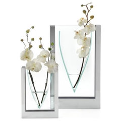 modern vases by Z Gallerie