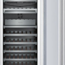 Thermador - 24 inch Built-In Wine Preservation Column T24IW800SP - Freedom to customize. Freedom to go modular. Freedom to integrate your refrigeration with the design of your kitchen. That's what makes Thermador Freedom Refrigeration the leader in true flush, tall door design. Our refrigeration solutions integrate seamlessly into your kitchen design, with custom fronts and concealed venting grille.