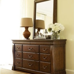 Laurel Springs 11 Drawer Dresser - Aged Bourbon