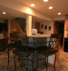traditional basement by J Brothers Home Improvement