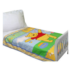 Four Seasons - Disney Winnie Pooh Bear Toddler-Crib Bed Quilt Comforter - Features: