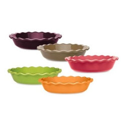 Emile Henry - Emile Henry 9-Inch Fluted Pie Dish - Stylish and functional, this superior ceramic bakeware is resistant to chips and damage from temperature changes, going effortlessly from freezer to oven. It gently and efficiently diffuses heat cooking evenly and makes a beautiful table presentation.