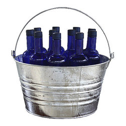 USA - Galvanized Metal Wash Bucket - Hot dipped zinc coating prevents rust and corrosion when kept outside and around any holes created for bottom drainage. This item ships with a manufacturer label.