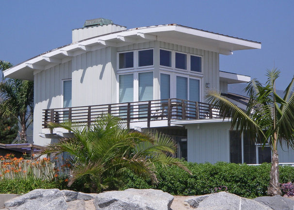 Beach Style Exterior by Pacific Architects, Inc.