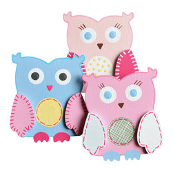 "Little Elephant Company - Handpainted Hayley Owl Quilt Clips set of 3 - Beautiful quilt clips that transform your treasured baby quilts and comforters into charming hanging artwork for your child's room.    Very easy to use.  ***    This adorable set is three (3) owl quilt clips.     The first owl is pale pink with a light pink outline, fuschia and white wings, and a white belly with light yellow polka dots. Her eyes and feet are light blue.    The second owl is light pink with a bubble gum pink outline, white and fuschia wings, and a light green gingham belly with fuschia stitches. Her eyes and feet are light blue.    The third owl is light blue with a pool blue outline, light pink and fuschia wings, and a light yellow belly with fuschia stitches. His eyes are dark gray, and his feet are fuschia.    These quilt clips are perfect for forest, garden, and owl themed beddings sets.    Each owl measures 3.25 in. x 3.63 in.    How many quilt clips do I need?  - For a quilt that is still stiff and new, you will only need 2 quilt clips for up to 36 inches wide. Many people will do 3 quilt clips just for the look, though. For a quilt that has been washed and is pliable, 2 clips will be sufficient for up to 36 inches, but you may want 3 clips to help keep the center from sagging. For a quilt 36 to 42 inches wide, use 3 to 4 clips. For a quilt 42 to 50 inches, use 4 to 5 clips.    How do the quilt clips work?  - The only hardware is needed is a long nail, approximately 1 1/2"" to 2 1/2"" in length.  - Measure how far apart you would like the clips to be.  - Decide how high on the wall they will be placed and mark your first spot. Using a level, measure out and mark the second spot.  - Place your nails into the wall at a 45 degree angle. IMPORTANT: If your nail is not at a 45 degree angle, the clip may slip off the nail.  - Clip the quilt and slide the back of the clip over the nail.    What are the clips made of?  - Designs are made of layered wood. A few of our designs also have layered felt.   - Clips on the back are a sturdy plastic so as not to damage your fabric."