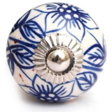 Traditional Knobs by PotteryKnobs