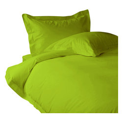 "600 TC Fitted Sheet 26"" Deep Pocket Solid Parrot Green, King - You are buying 1 Fitted Sheet (76 x 80 inches) only."