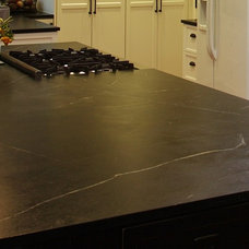 Traditional Kitchen Countertops by Teresina Soapstone