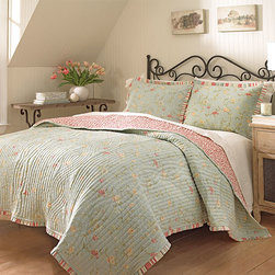Waverly - Garden Glitz Blue Full/Queen Reversible Quilt - - Add warmth and style to any bed with the Waverly Garden Glitz collection. The allover petite vine and floral pattern comes to life in soft spa tones of vapor blue, parchment, ivory, seafoam green and blush pink and reverses to playful red berries on an ivory ground. Pre-washed cotton is supple to the touch and provides a super-soft hand. Bedding is made of finely woven cotton, providing long lasting color, durability and year round comfort. Enjoy the beauty and warmth of this quilt collection by itself, or as an accent to your existing bedding. Quilt offers a stacked pleat embellishment finish for added character. This collection allows home decorator enthusiasts to explore layering prints onto their existing decor to create the ultimate 'Waverly Signature Look'  - Full/Queen Quilt Measures 90-Inch x 94-Inch  - Wash in Cold Water on the Gentle Cycle and Tumble Dry on Low  - 100% Cotton Waverly - 13731BEDDF/QBLU